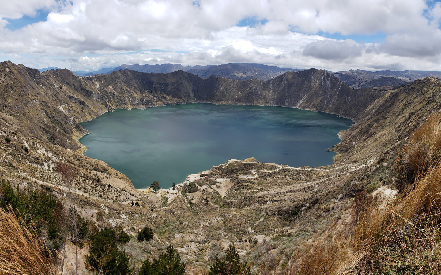 A view of the Quilotoa Crater before hiking down the trail