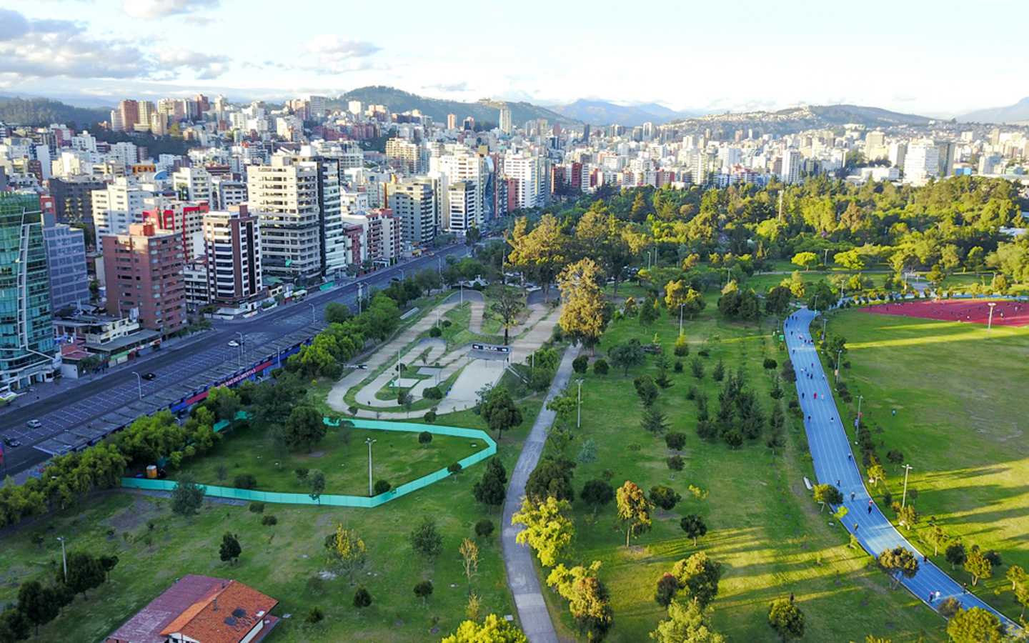 An airial view of the Parque Carolina of Quito